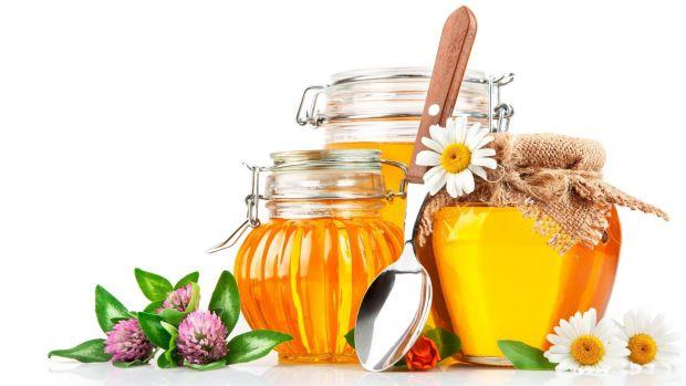 Медики радять застосувати мед для зниження апетиту і голоду, коли ми сидимо на дієтах.