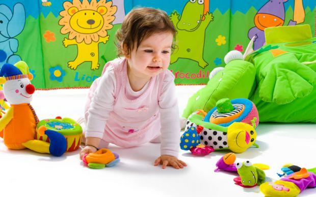 Як стверджують автори проектів, їм вдалося довести, що сучасні електронні іграшки впливають на пізнавальні здібності хлопчиків і дівчаток. Таку інформ