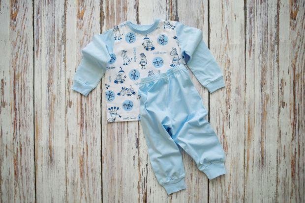 Какие критерии важнейшие при выборе детской одежды - цена, качество, цвет?