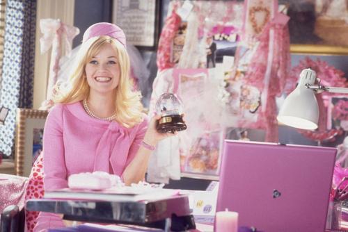 Без макіяжуЄ жінки, які навіть в магазин не підуть без макіяжу. А як бути красивою без косметики? Перш за все слід правильно доглядати за своєю шкірою