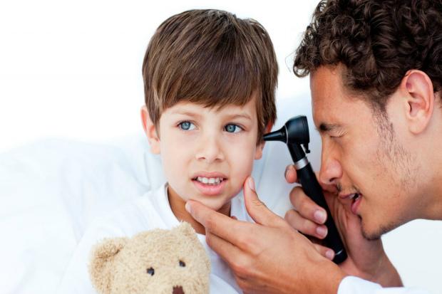 Ознаки запалення вуха у дитини вже у нашому матеріалі! Повідомляє сайт Наша мама.