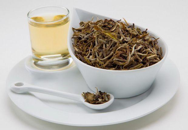 В каждой культуре свои традиции, поэтому церемония чаепития, так сказать, в каждой стране проходит по-разному.