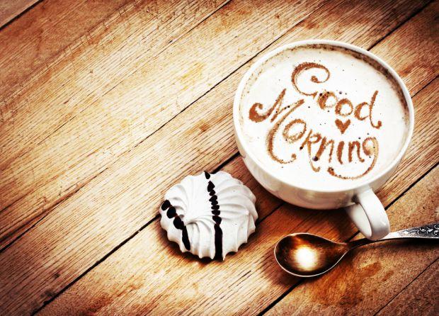 Ряд звичок, такі як контрастний душ, зарядка або ранкова кава міцно вкорінюються в наше життя та стають невід'ємною частиною ранку. Проте є й інші зви