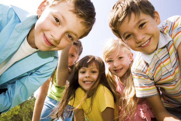 Співробітники Міжнародного університету Флориди проаналізували дані сотень сімей з 10 міст США за 1991-2007 роки. 715 дітей у віці 10 і 15 років пройш
