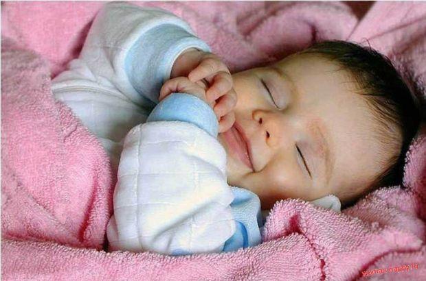 Вчені в Німеччині розробили спеціальний одяг для новонароджених, який допоможе запобігти синдром раптової смерті.