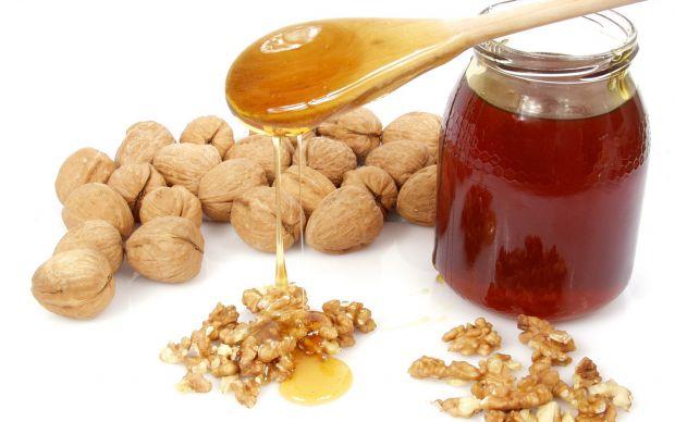 Взимку варто додати в своє щоденне меню продукти, що володіють зігріваючими властивостями.