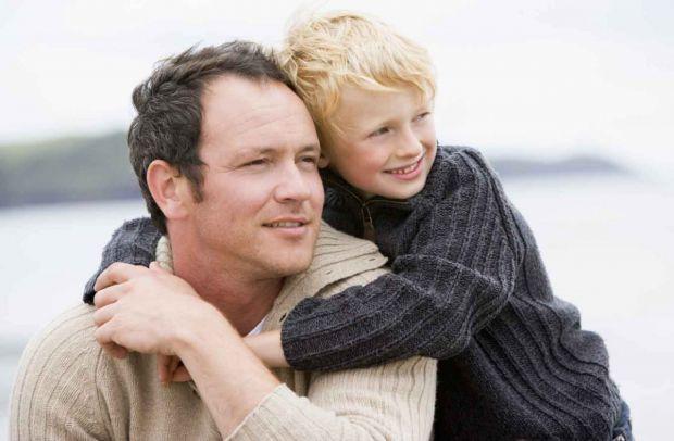 Чому матерям легше знайти спільну мову з малюком, ніж батькові - читайте далі.