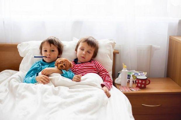 У всіх кишкових інфекцій схожі симптоми: нудота, блювання, пронос, температура ... Що таке норовірус, як можна ним заразитися і як протікає хвороба ро