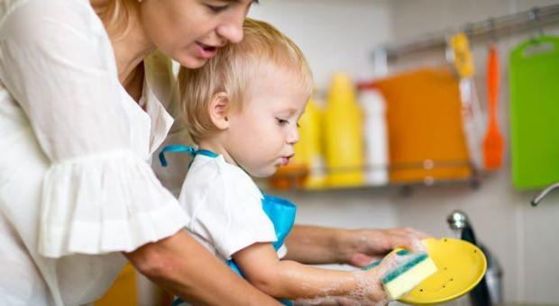 Дитинство проходить швидко, і часто воно буває наповнене заборонами і страхами батьків. Що не варто забороняти дітям для їх всебічного розвитку? Списо