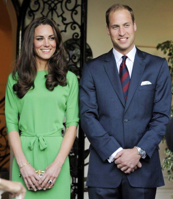 Ось і з'явилась на світ найочікуваніша дитина 2013 року. Вчора Кейт Мідлтон подарувала королівській родині ще одного нащадка.
