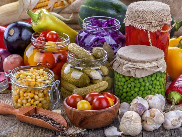 Наукові співробітники провели експеримент, завдяки якому вийшло дізнатися, як можна замінити шкідливі консерванти в харчових виробах.