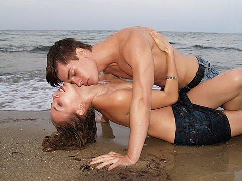 Половина жінок не відчуває оргазм. Як наслідок - дратівливість, нервозність, депресії, які призводять до руйнування відносин.Чому жінки позбавлені орг