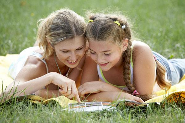 Як стверджує статистика, сучасні підлітки зовсім не довіряють своїм батькам, їм краще поділитися своїми проблемами із друзями, коханою людиною чи взаг