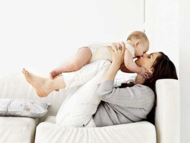 Дитячий масаж дитини до року.Як зробити масаж дитині своїми руками?