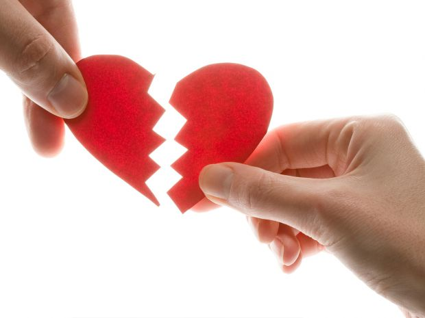 Міжнародний сайт знайомств провів анкетування серед 172 тис. своїх користувачів, які перебували у шлюбі, і вияснили, що найчастіше люди зраджують свої