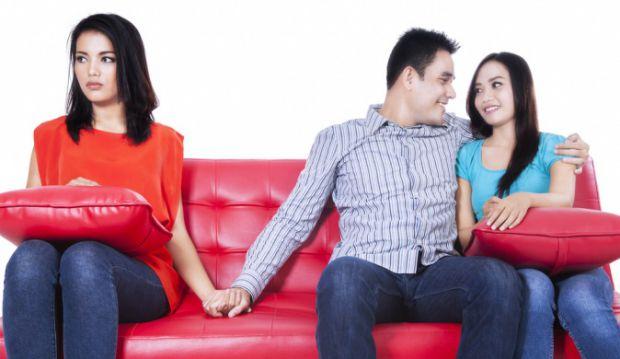 Поради сімейного психолога: як пережити зраду.