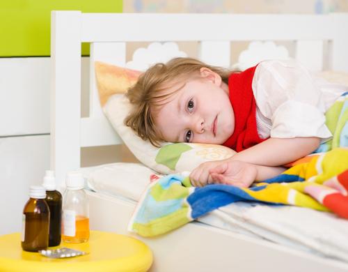 Печінка дитини формується до дванадцяти років. І в ідеалі, абсолютно фантастичному ідеалі, до цього віку давати дитині будь-які таблетки не слід було