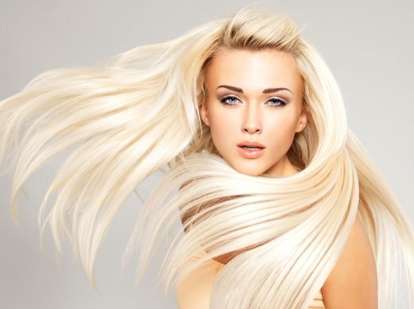 Фахівці радять жінкам, які мріють про довге волосся, вживати напій з калини. Його потрібно вживати протягом місяця, а через деякий час курс можна повт