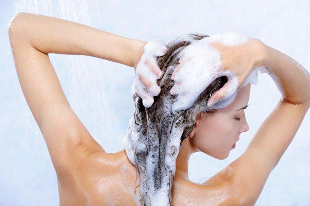 Засобів з догляду за волоссям величезна кількість, часом навіть не знаєш, який вибрати. І в цей момент спрацьовує ефект реклами… А потужні титани з ви