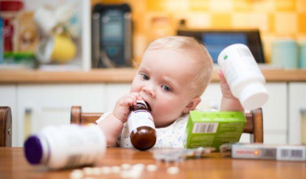 Ситуації бувають різні, окремі потебують призначення антибіотиків. Чи можна їх давати дітям раннього віку і до 3 років?