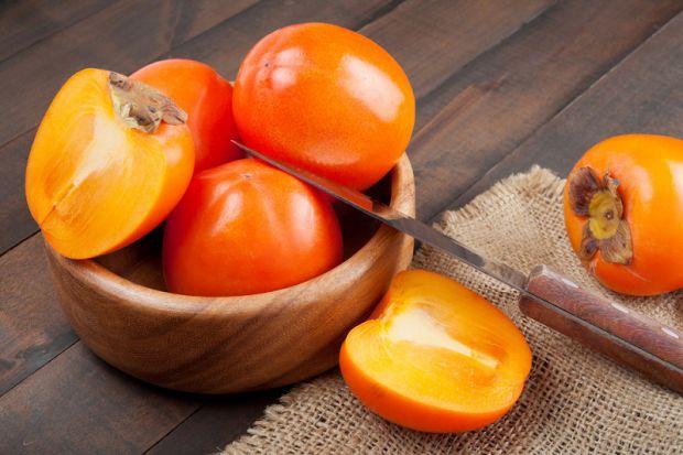 Медики відносять хурму до продуктів дієтичного харчування, за своїми властивостями цей фрукт лише трохи поступається цитрусовим.