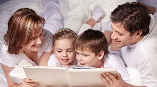 Як розважити дитину, щоб наповнити її день чарівною й казковою атмосферою? Це питання не дає спокою не одному поколінню батьків. Чим зайняти малюка, щ