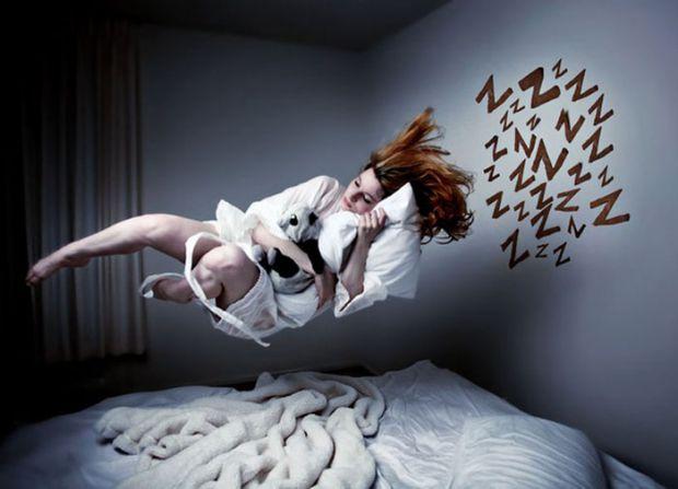 5 дивних речей, які стаються з нами під час сну.