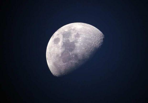 Відповідно до історії, в травні в 1110 році з неба повністю зник місяць.  Вчені з Женевського університету в Швейцарії змогли розкрити таємницю такого