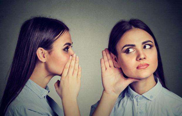 Багато людей люблять поговорити самі з собою, так би мовити, висловлюють свої думки вголос. Це норма чи варто звернутись до фахівця?