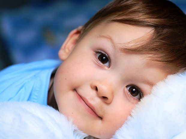 Сьогодні алергія - досить поширене явище, а от алергічний кашель - сумний варіант перебігу цього захворювання. Як з цим боротись і як