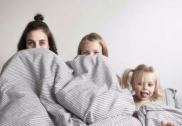 Любити дітей однаково, що б там не казали батьки, доволі не просто, адже любов то одна, але проявляєш ти її до кожної дитини по-різному: в силу її хар