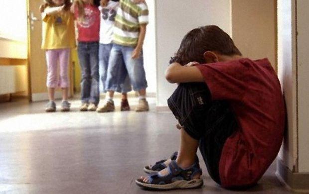Багатьом дітям доводиться зіткнутися з жорстокістю і несправедливістю набагато раніше, ніж цього хотілося б батькам, і навряд чи можна знайти дитину,