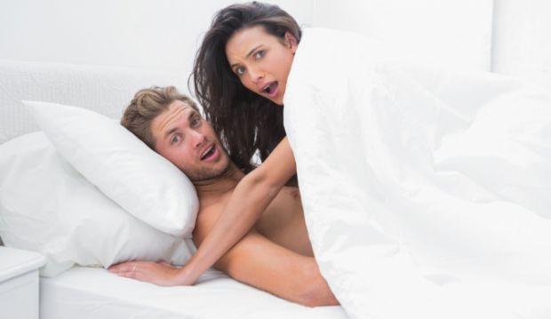 Допоки ваше чадо ще зовсім маленьке, ви не відчуваєте жодного дискомфорту, адже маля швидко лягає в ліжечко.Що ж робити батькам, чиї діти вже виросли