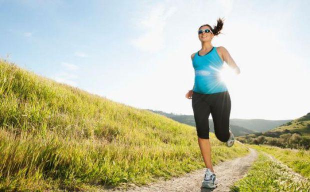 Чи можна схуднути, якщо не дотримуватися дієти, але при цьому бігати? Експерт з харчування з Гарвардської медичної школи, лікар Рейчел Поеднік, вважає