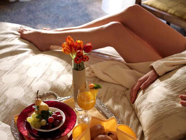 Всі знають про існування продуктів-афродизіаків, які здатні підвищити сексуальне бажання, та не всім відомо, що є і продукти з протилежною дією. Експе