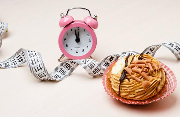 Вчені з Університету штату Іллінойс в Чикаго стверджують, що дієта 16:8 ефективніша і простіша, ніж 5:2.