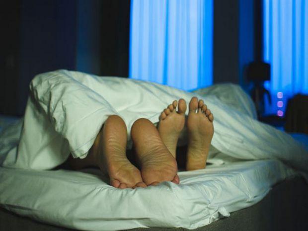 Фахівці повідомили, з чим може бути пов'язане погане самопочуття жінок після статевого акту.