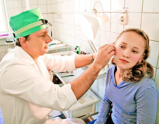 Як часто виникають вушні інфекції у дітейІнфекції вуха у дітей зустрічаються надзвичайно часто, особливо при застуді і нежиті. Згідно з останніми наук