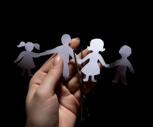 Якщо дитина не має дружніх стосунків з батьками, це може впливати на її поведінку. В цьому переконана психолог Наталія Борисова.
