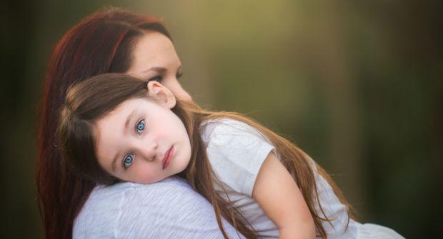 Розглянемо кілька ситуацій, знайомих всім мамам. А експерти розкажуть нам, чому не варто піддаватися стресу і як уникати пасток у вихованні.
