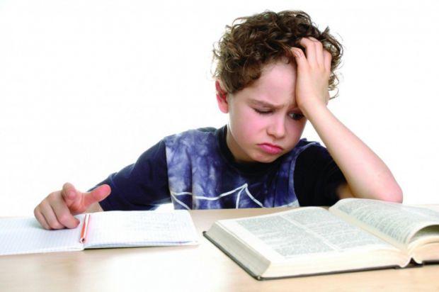 Якщо дитина погано вчиться, тиск, примус і крики не принесуть користі, а віддалить її від вас. Що ж робити?