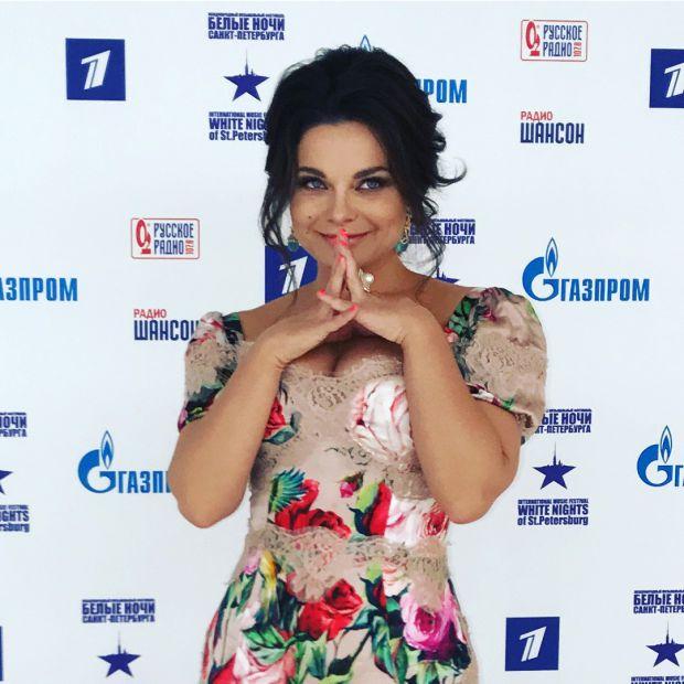 Співачка, Наташа Корольова призналася, що після родів поправилася на 15 кг і відкрила секрет, як вона змогла втратити зайві кілограми за малий термін.