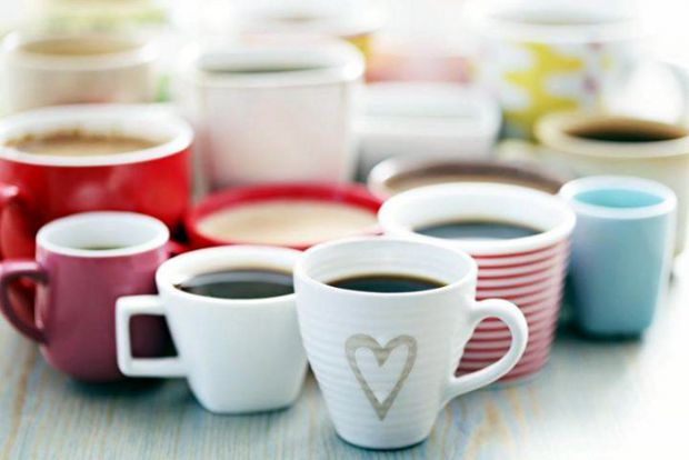 Американські дослідники заявили, що алкоголь, змішаний з кофеїном, втричі збільшує токсичність першого.