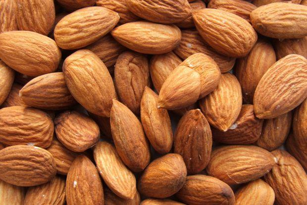 Усім відомо, що горіхи дуже корисні. Чим корисний мигдаль для вашого організму, читайте у матеріалі.