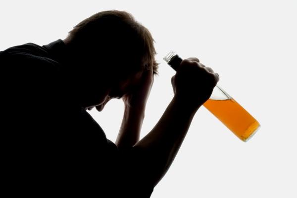 Американські дослідники з Університету Північної Кароліни встановили, що пептид, відомий як гормон любові, - окситоцин допомагає перемогти алкогольну