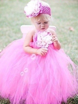 У такій сукні Ваші дочка затьмарить усіх інших дівчаток, де б то не було. Ці плаття є екстравагантними та нетиповими для дитячої моди. Проте вже з дит