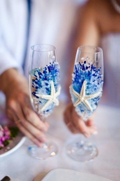 Ваше весілля має бути неповторним. Відтак, усе має бути найкращим. Зробіть перший ковток подружнього життя з ексклюзивних бокалів. Усі гості будуть з