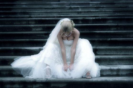 Якщо для усіх людей весілля - це невимовна радість, то для цих подружніх пар - це сум і горе...Проте це вияв долі.