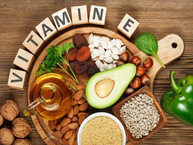Організму вітамін Е необхідний для нормального функціонування і підтримки імунної системи. Він має антиоксидантні властивості і бореться з вільними ра