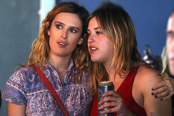 Дочки Демі Мур і Брюса Вілліса Румер і Скаут не розмовляють одна з одною.
